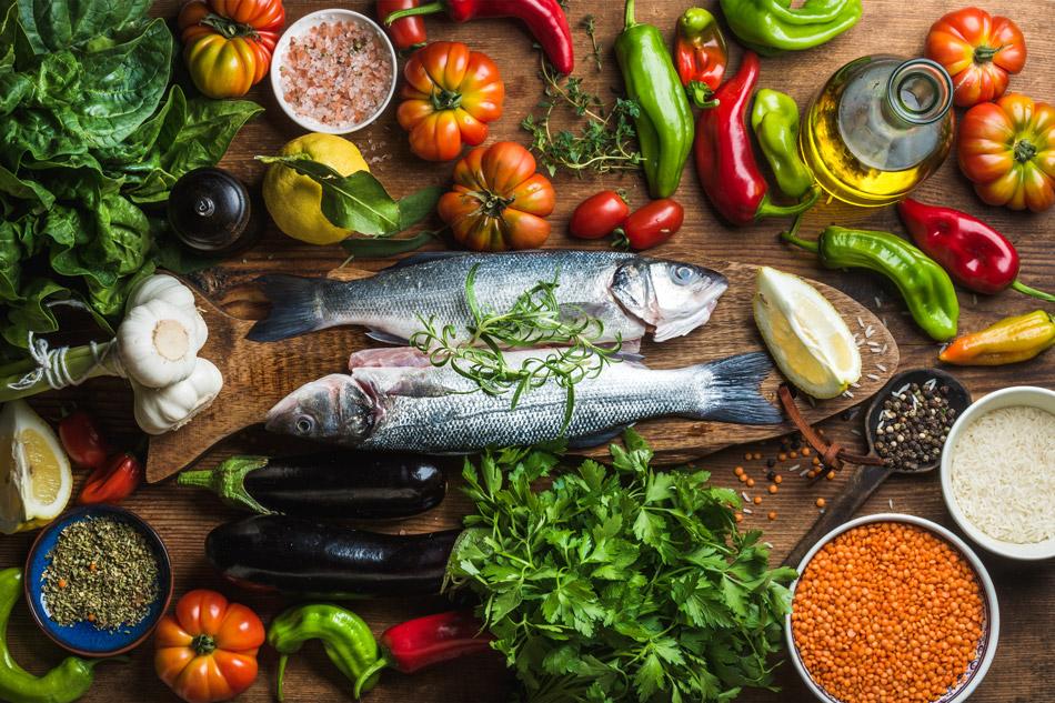 Vitamine und Mineralstoffe durch eine ausgewogene Ernährung